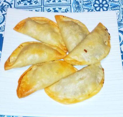 Empanadillas de atún con cebolla caramelizada