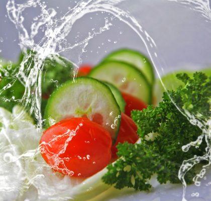 Frutas y verduras de temporada: tomate, pepino...