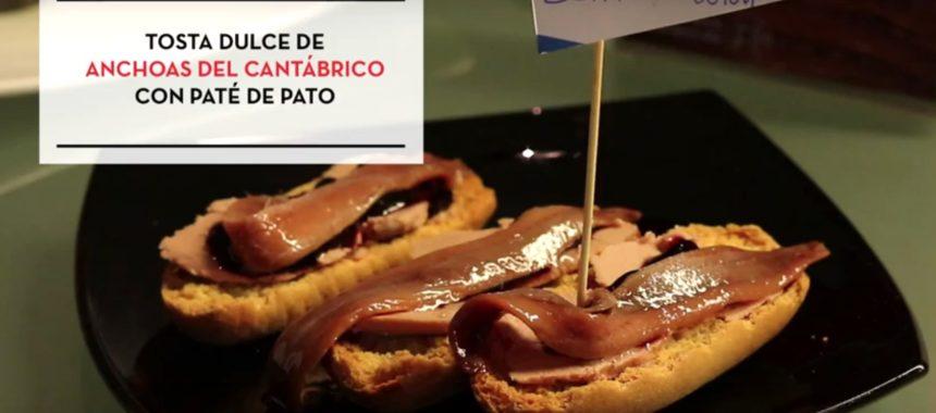 VÍDEORECETA: Tosta dulce de anchoa del Cantábrico y paté de pato