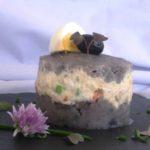 Parmentier de patata violeta con bonito del Norte en escabeche