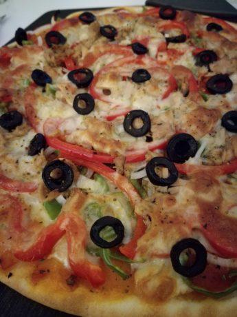 """Pizza """"ladybug"""" de pimientos y atún"""