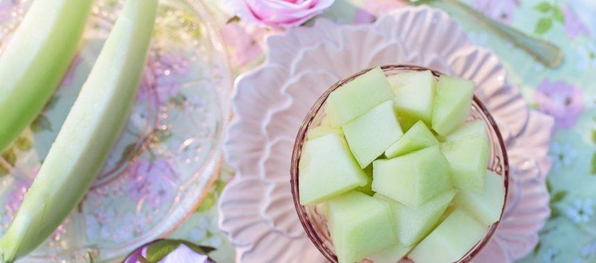 ¿Podemos comer melón por la noche? Explicamos esta y otras curiosidades