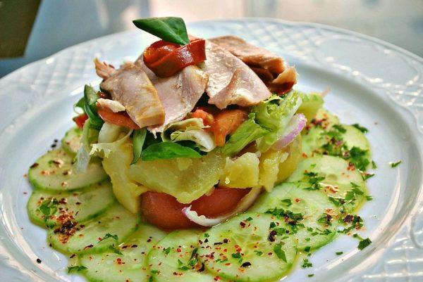 Piriñaca (ensalada de patata) con ventresca de Bonito del Norte