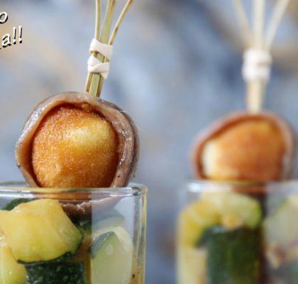 Vasitos de calabacín al romero, mozzarella rebozada y anchoas