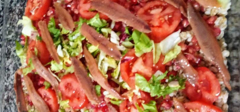 Ensalada de cebada con anchoas del Cantábrico
