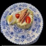 Ensalada de ventresca de atún con aguacate a la mayonesa de albahaca