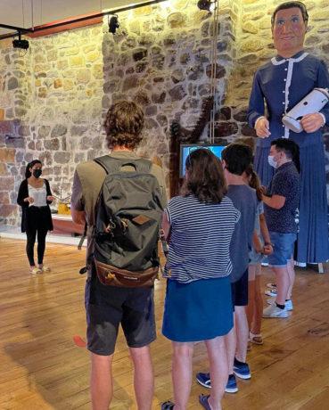 Visitantes del Bilbao y Barcelona en el Museo del Pescador de Bermeo