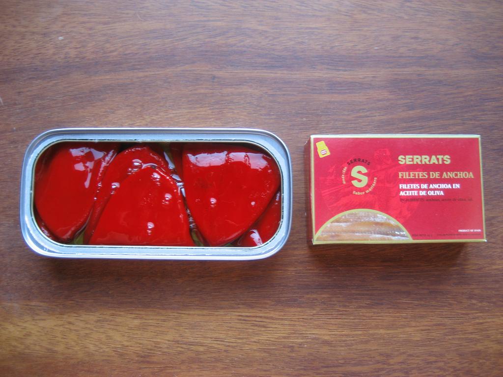 Los pimientos de Lodosa y las Anchoas de Serrats son algunos de los ingredientes necesarios