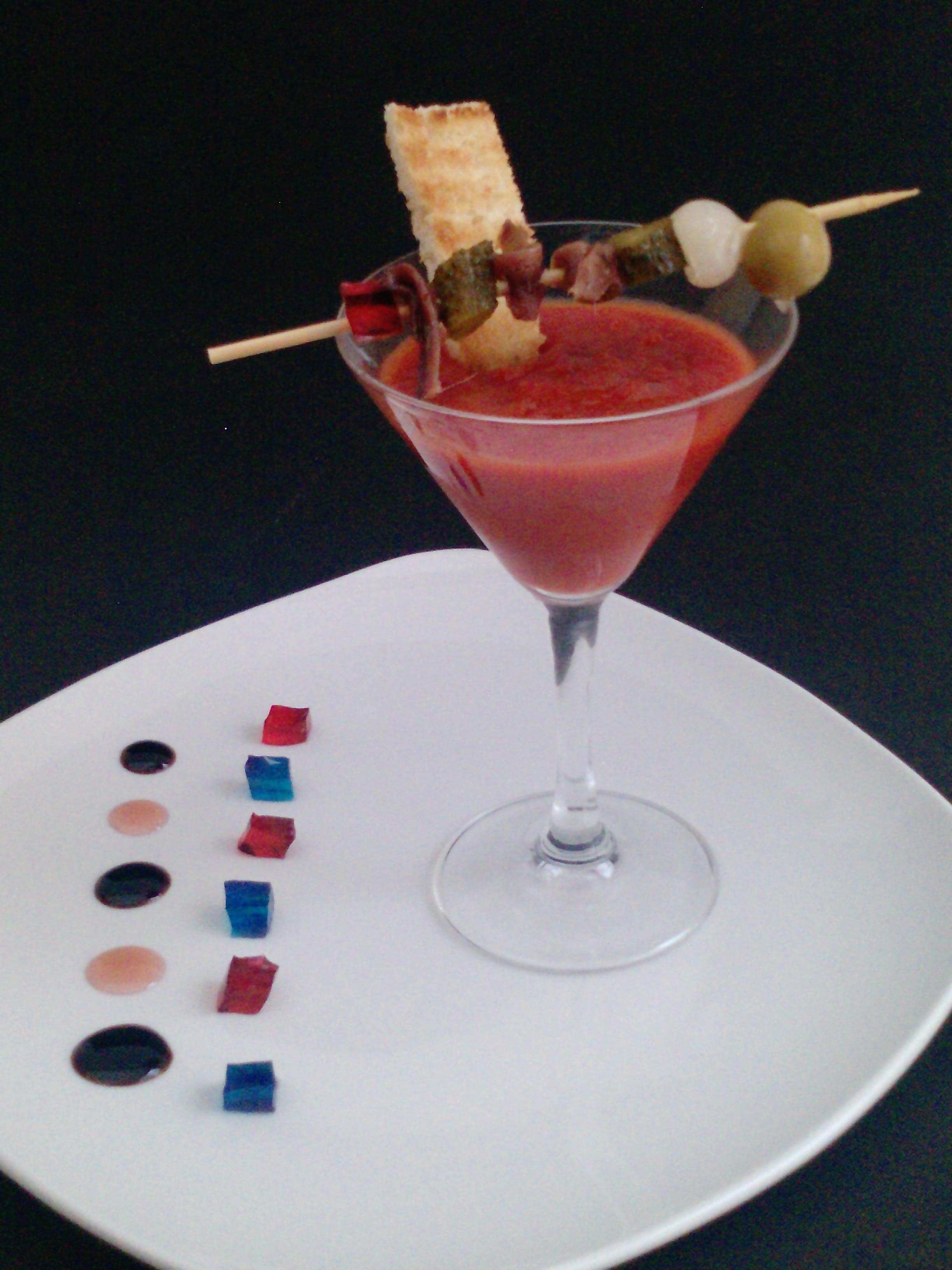 Bloody Mary con anchoas Serrats