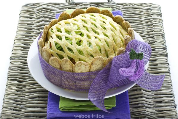 Charlota de tortilla rellena de bonito del norte