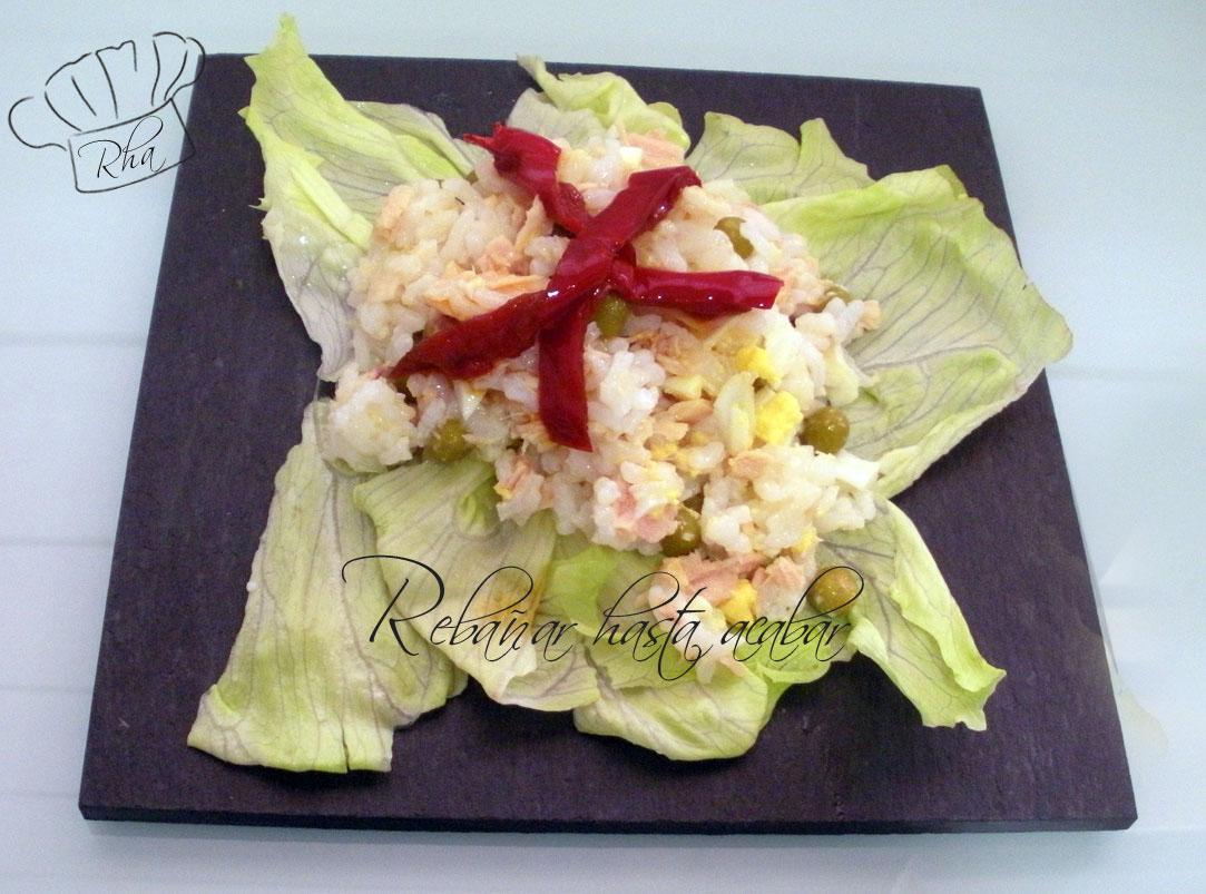 Ensalada de arroz con bonito del norte
