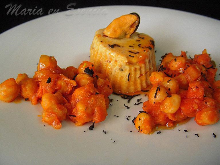 Flan de mejillones con fritada de garbanzos y toque de trufa