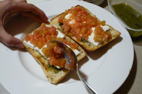 El queso y el tomate armonizarán los sabores