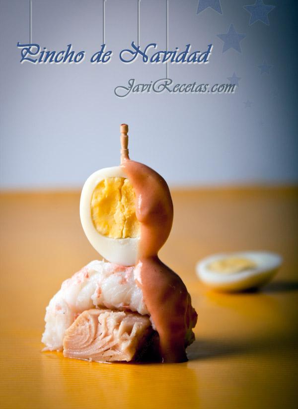 Pincho de bonito del norte con cigala, huevo y salsa rosa