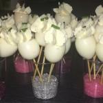 Cake-pops salados de huevos rellenos