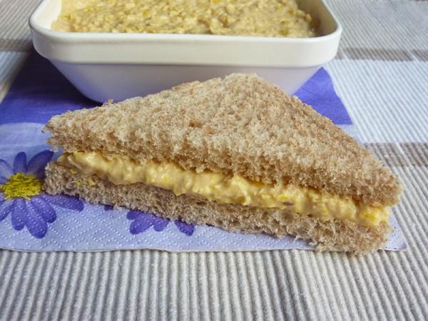 Pasta de atún y maíz para sandwich