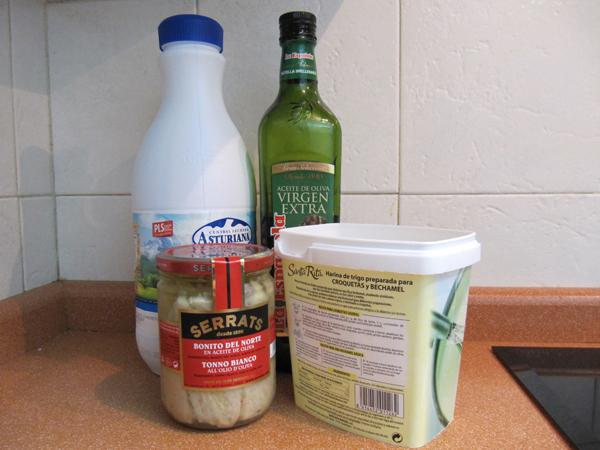 Ingredientes para croquetas de bonito