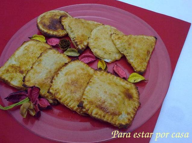 Empanadillas de pan de molde rellenas de bonito del norte