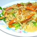 Ensalada de ventresca de atún con salsa de yogur y mostaza