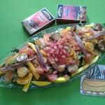 Ensalada fish and fruits