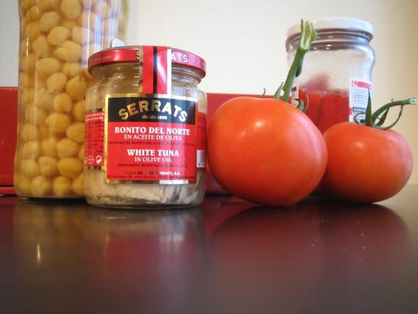 Garbanzos de verano con bonito del norte: ingredientes