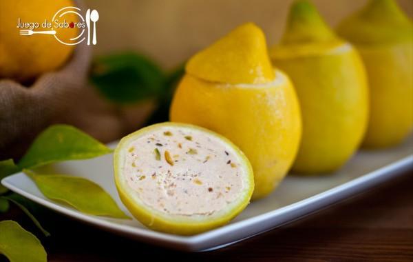 Limones rellenos con paté de atún y pistachos
