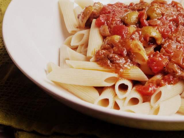 Pasta con salsa de anchoas