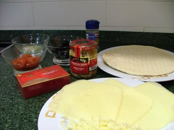 Los ingredientes necesarios para preparar la Pizza del Cantábrico