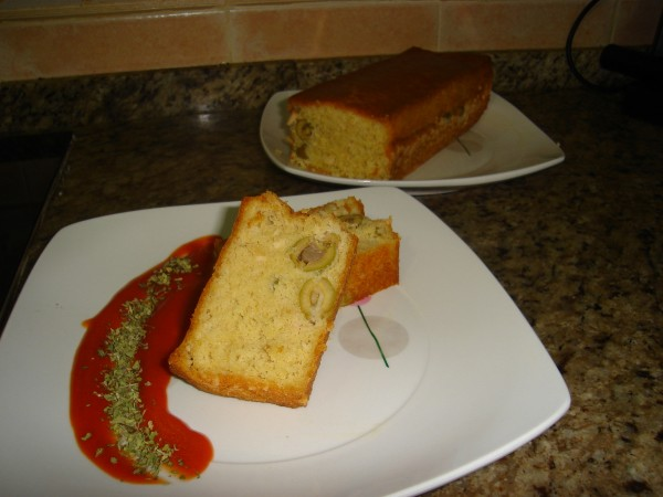 Así queda este cake, ¡bien por el toque der tomate y orégano Yolanda!